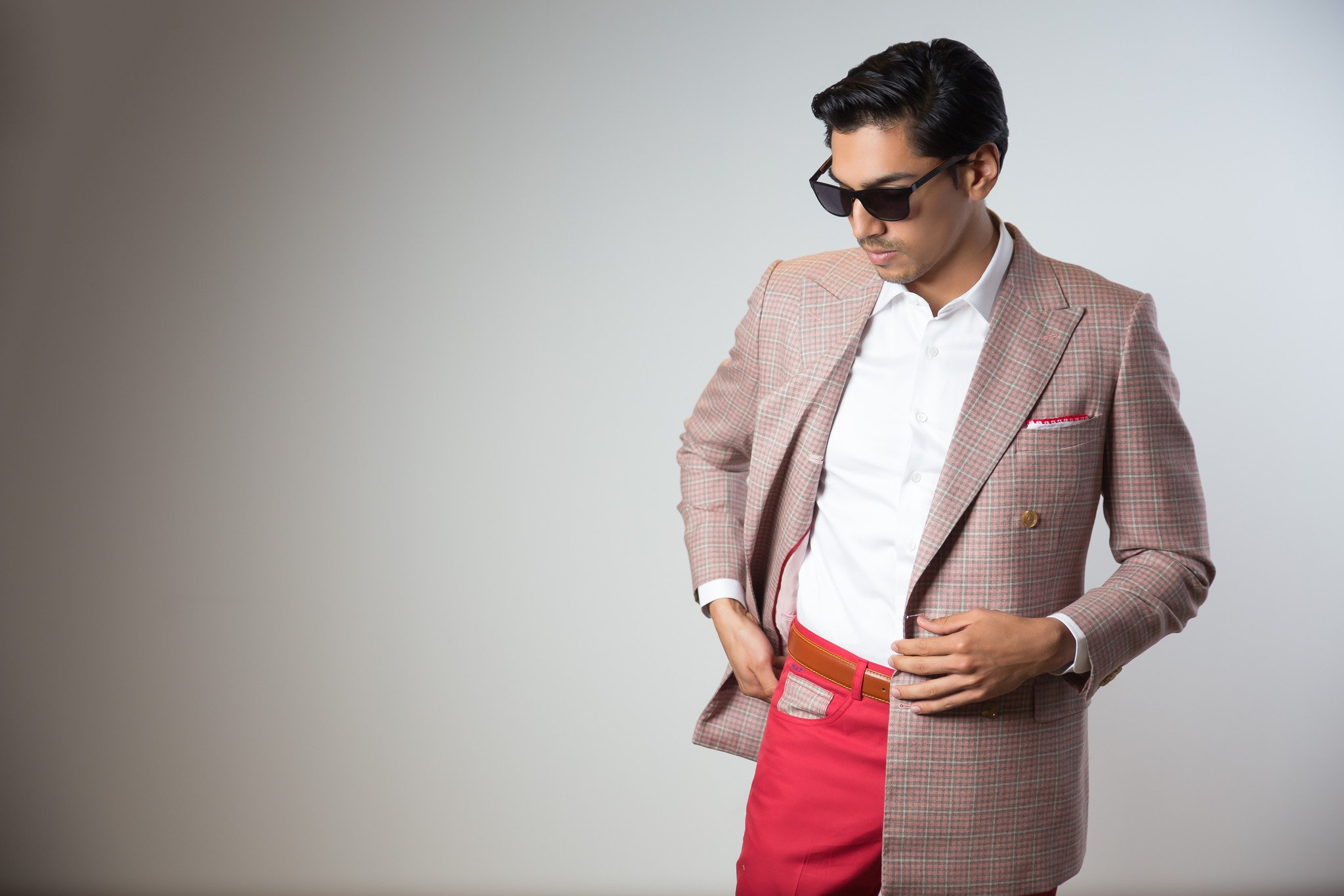 5 Ways to Wear a Blazer in the Summer